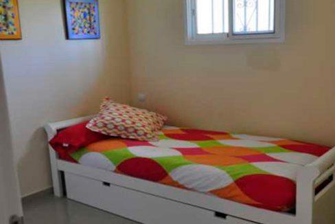 V030 Inmobiliaria Bobis Villa Primera linea de playa Las Chapas Marbella Dormitorio 1