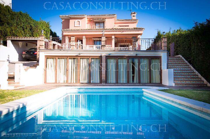 VO76 Villa de 3 dormitorios en alquiler muy bien comunicado en Marbella a solo 5 minutos del centro