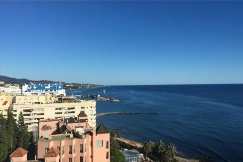 Ap098 Inmobiliaria Bobis Centro Marbella primera linea de playa vistas