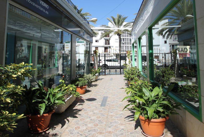 Ap115 Inmobiliaria Bobis Centro Marbella Cerca de la Playa Entrada Portal