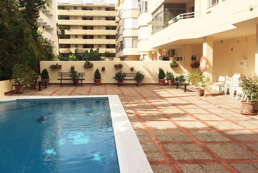 AP127 Inmobiliaria Bobis Marbella centro piscina