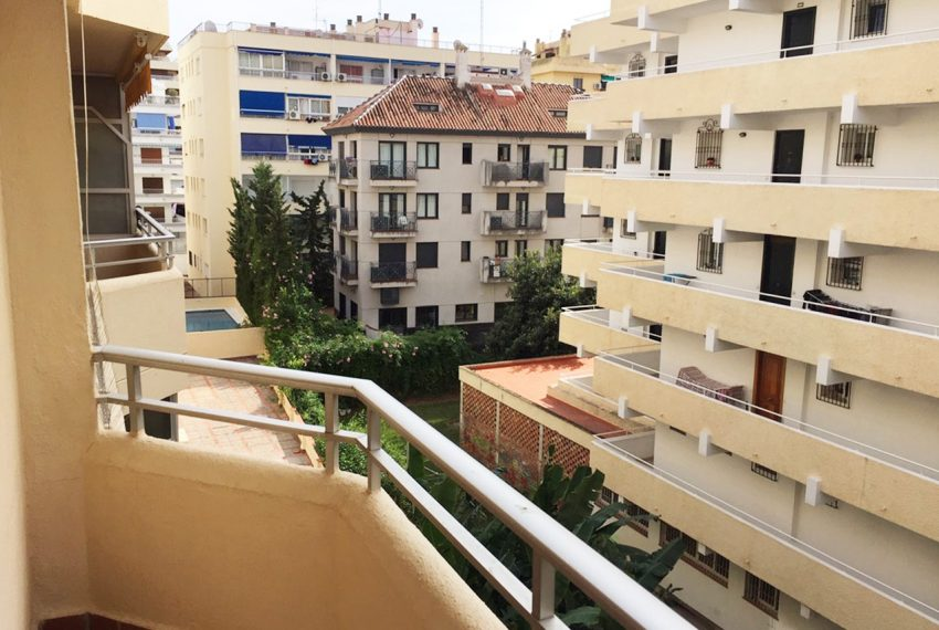 AP127 Inmobiliaria Bobis Marbella centro terraza