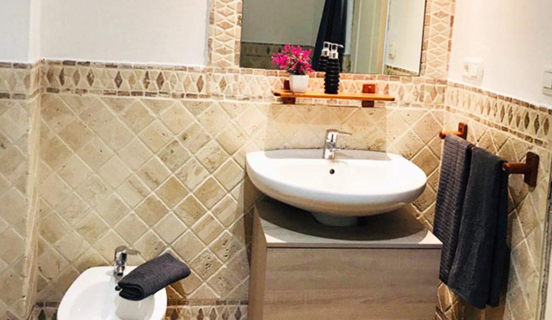 C147 Inmobiliaria Bobis Casa Milla de oro Marbella baño