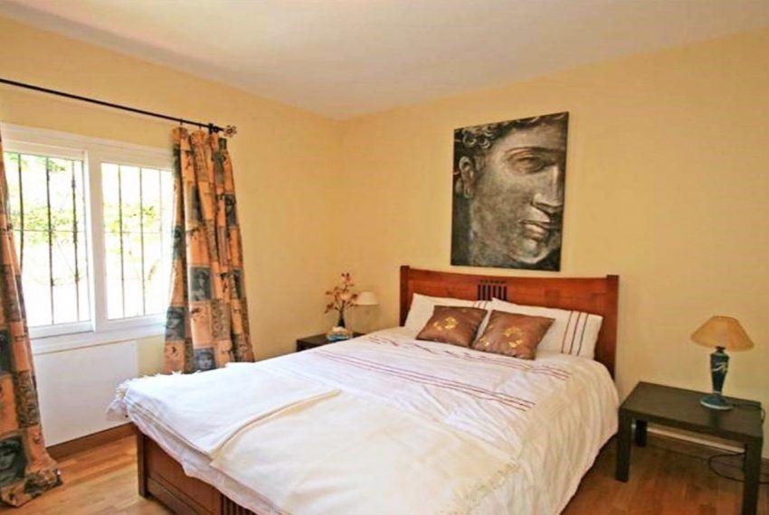 V188 Inmobiliaria Bobis Villa Nueva Andalucia Marbella dormitorio 2