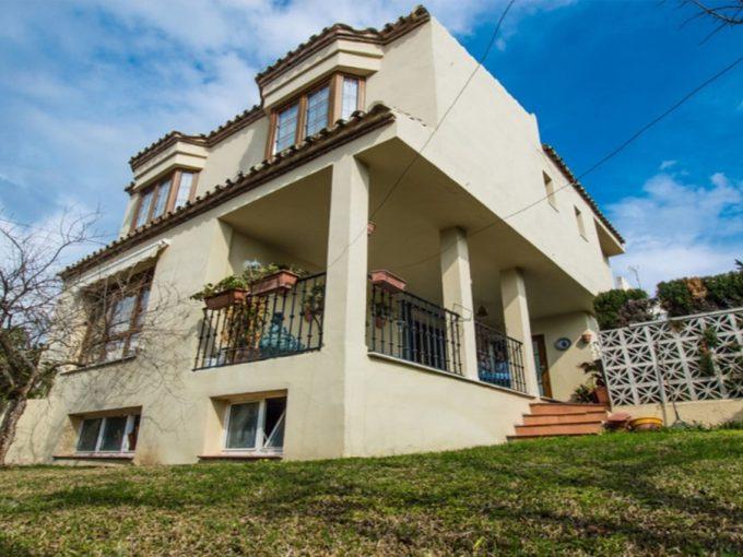 V190 Inmobiliaria Bobis Villa Nueva Andalucia Marbella