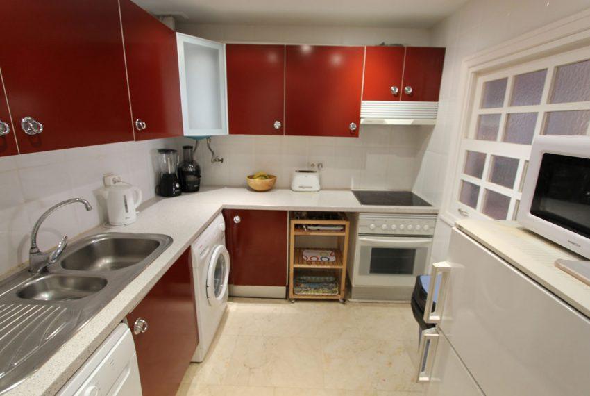 Ap105 Inmobiliaria Bobis Centro Marbella cerca de la playa cocina