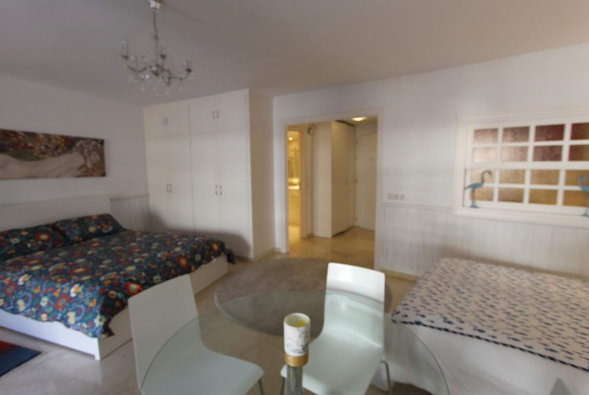 Ap105 Inmobiliaria Bobis Centro Marbella cerca de la playa habitacion
