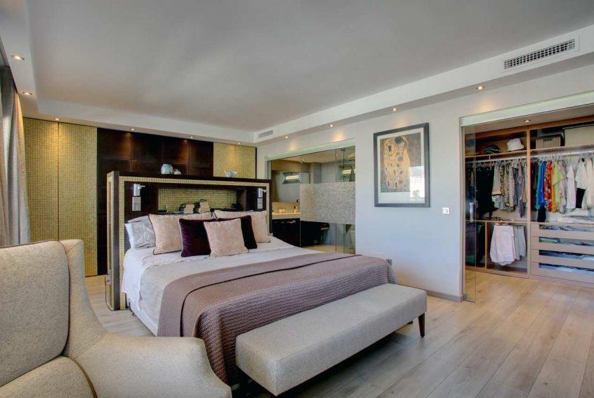 AT017 Inmobiliaria Bobis Ático Centro Marbella con vistas al mar dormitorio 2