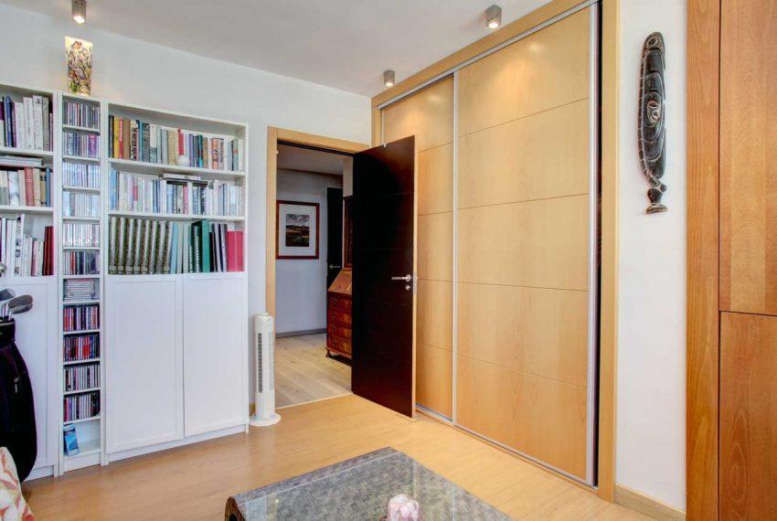 AT017 Inmobiliaria Bobis Ático Centro Marbella con vistas al mar dormitorio 4