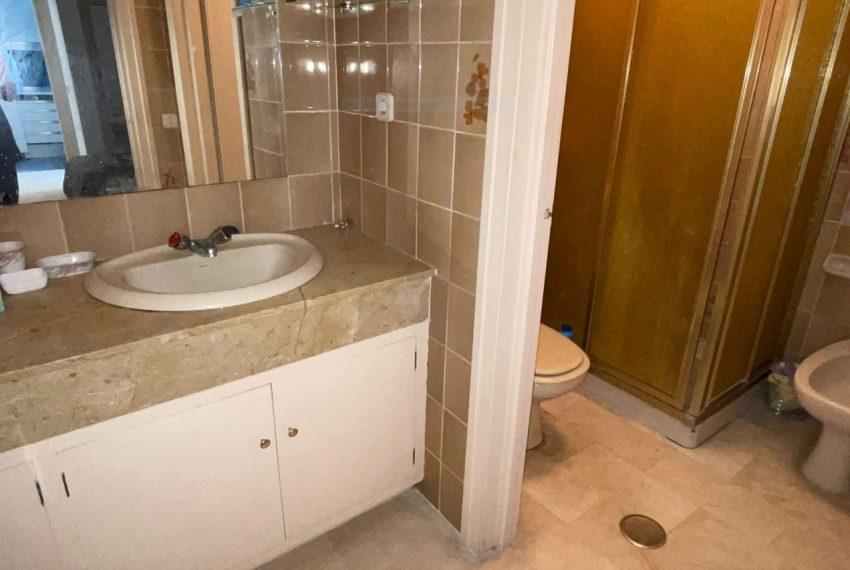 Ap223 Inmobiliaria Bobis Centro Marbella primera linea de playa baño