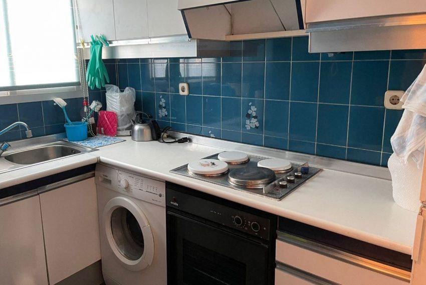 Ap223 Inmobiliaria Bobis Centro Marbella primera linea de playa cocina