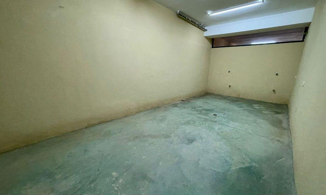 V221 Inmobiliaria Bobis Villa Nagueles Marbella garaje 1