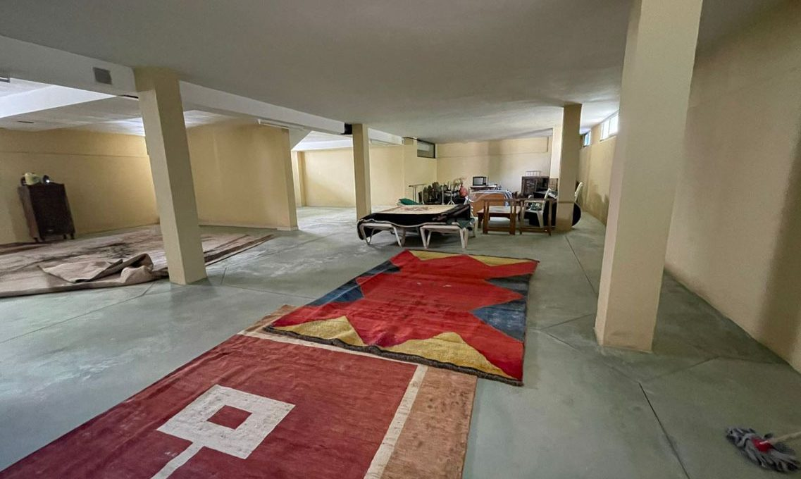 V221 Inmobiliaria Bobis Villa Nagueles Marbella garaje 2